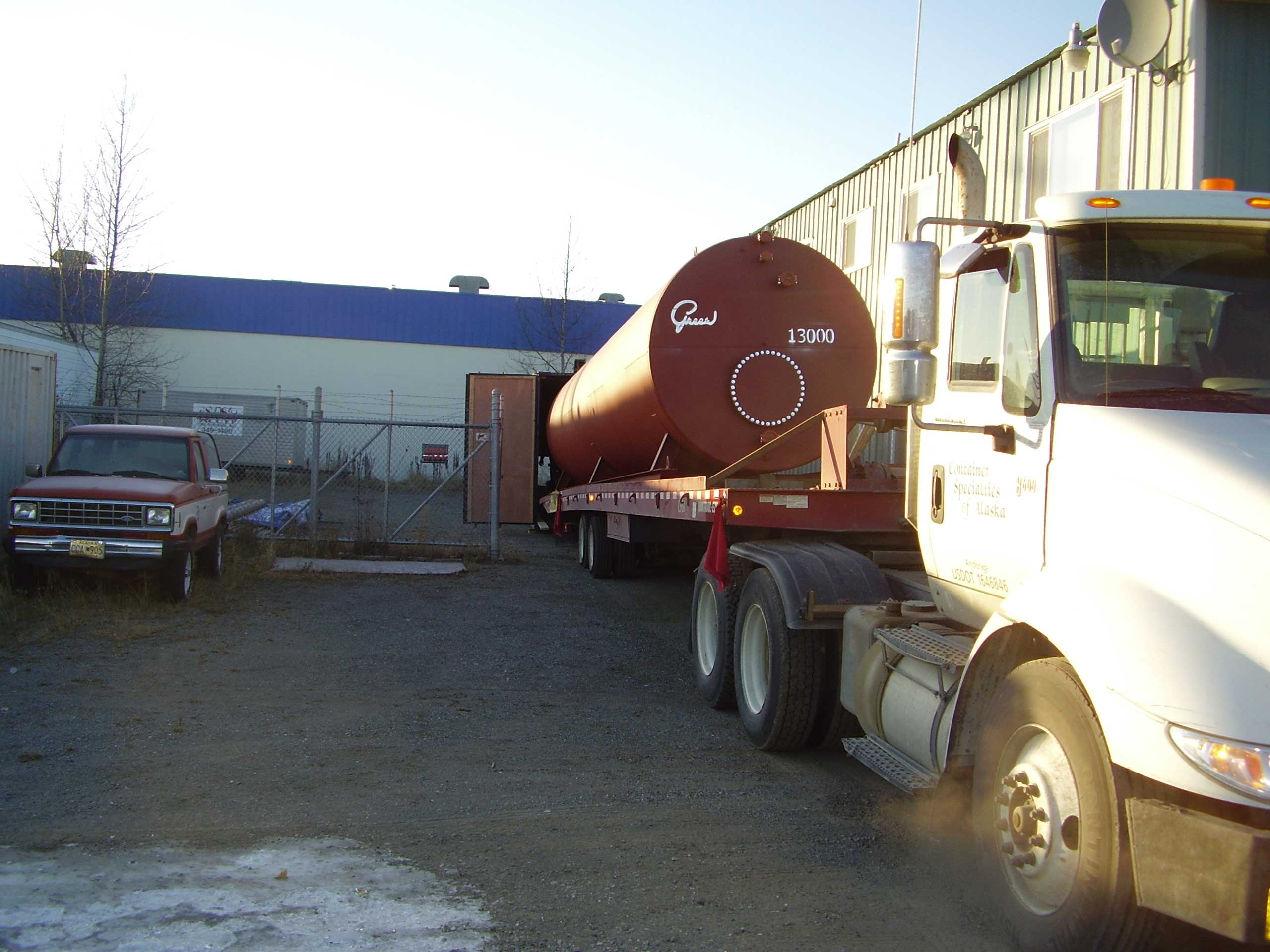 We modified this 53' container with external insulation to safely store the 13,000 gallon tank. Services included carefully loading the tank into the modified container.